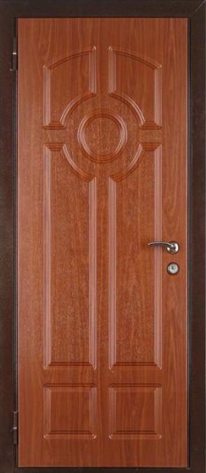 фасад на металлическую дверь